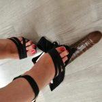 girls feet